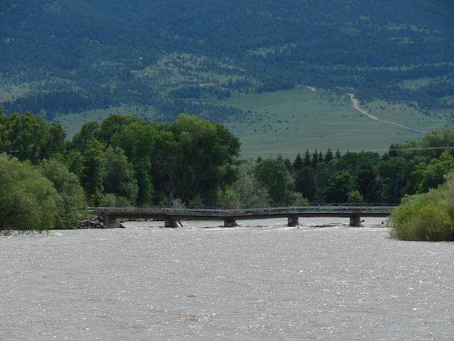 9th Street Bridge from downstream.