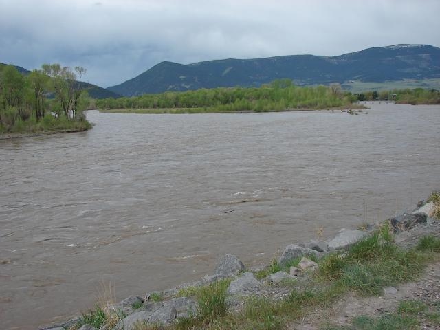 Upstream on the Yellowstone