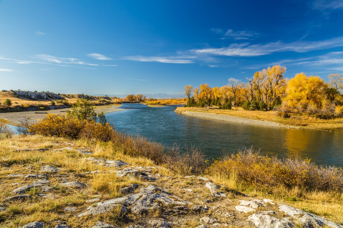 fall colors on the Missouri River at Missouri Headwaters State Park Montana
