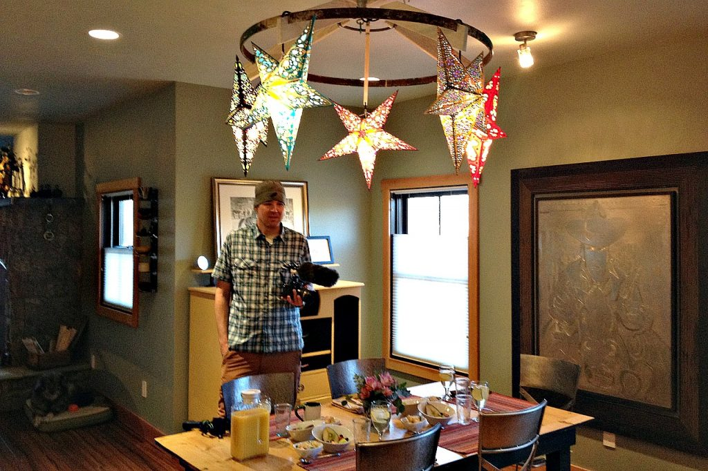 Lights from Livingston Kite Company hang over the breakfast table.