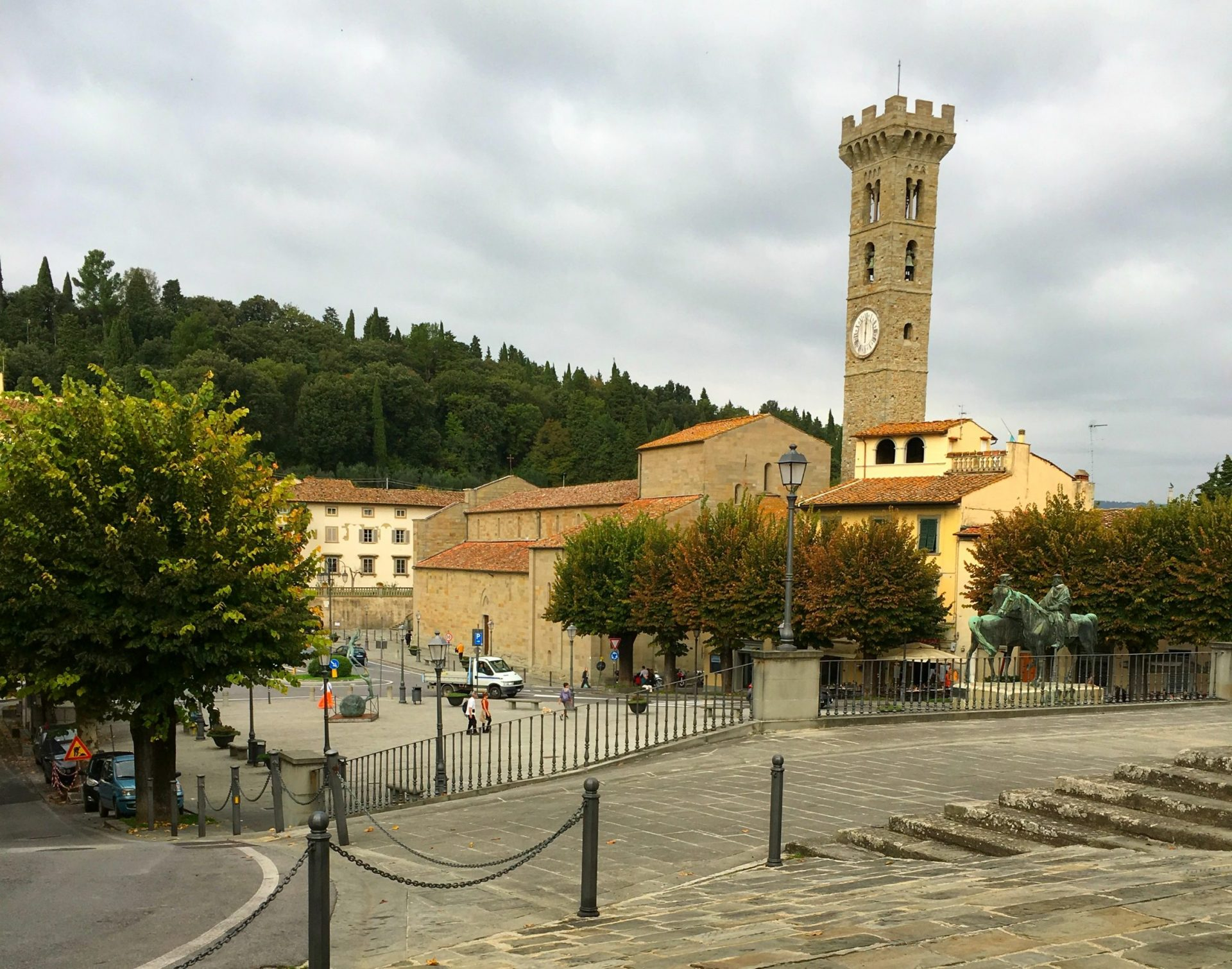 Piazza Mino da Fiesole trailhead for hikes near Florence