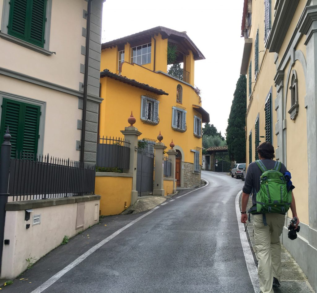 street scene in Fiesole on the da Vinci trail