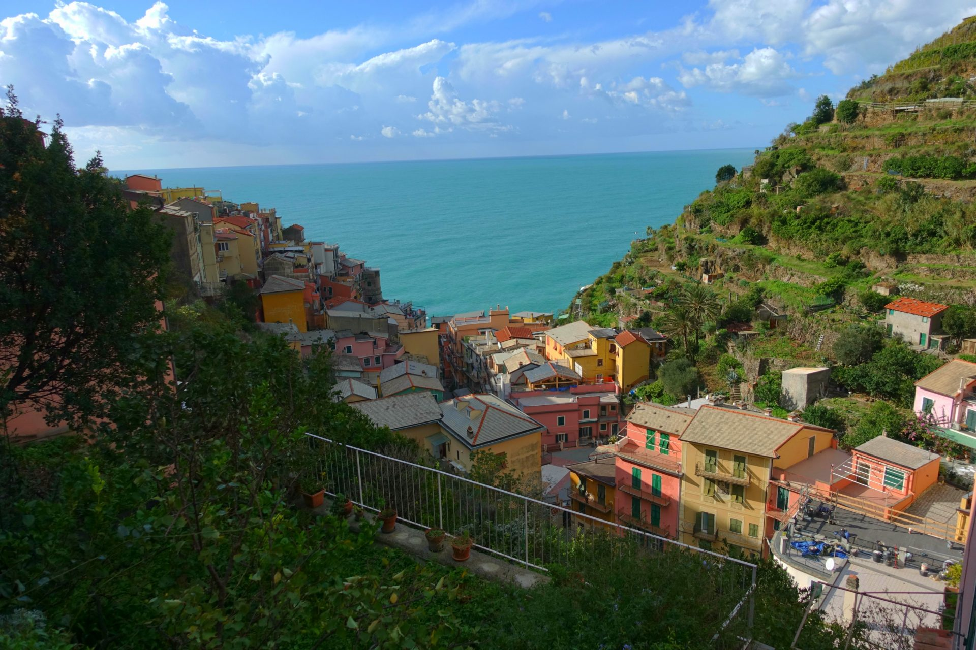 places to stay in cinque terre
