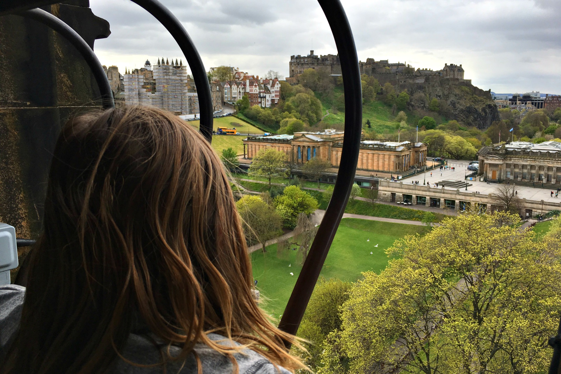 Fun Things to do in Edinburgh with Kids climb Scott Tower