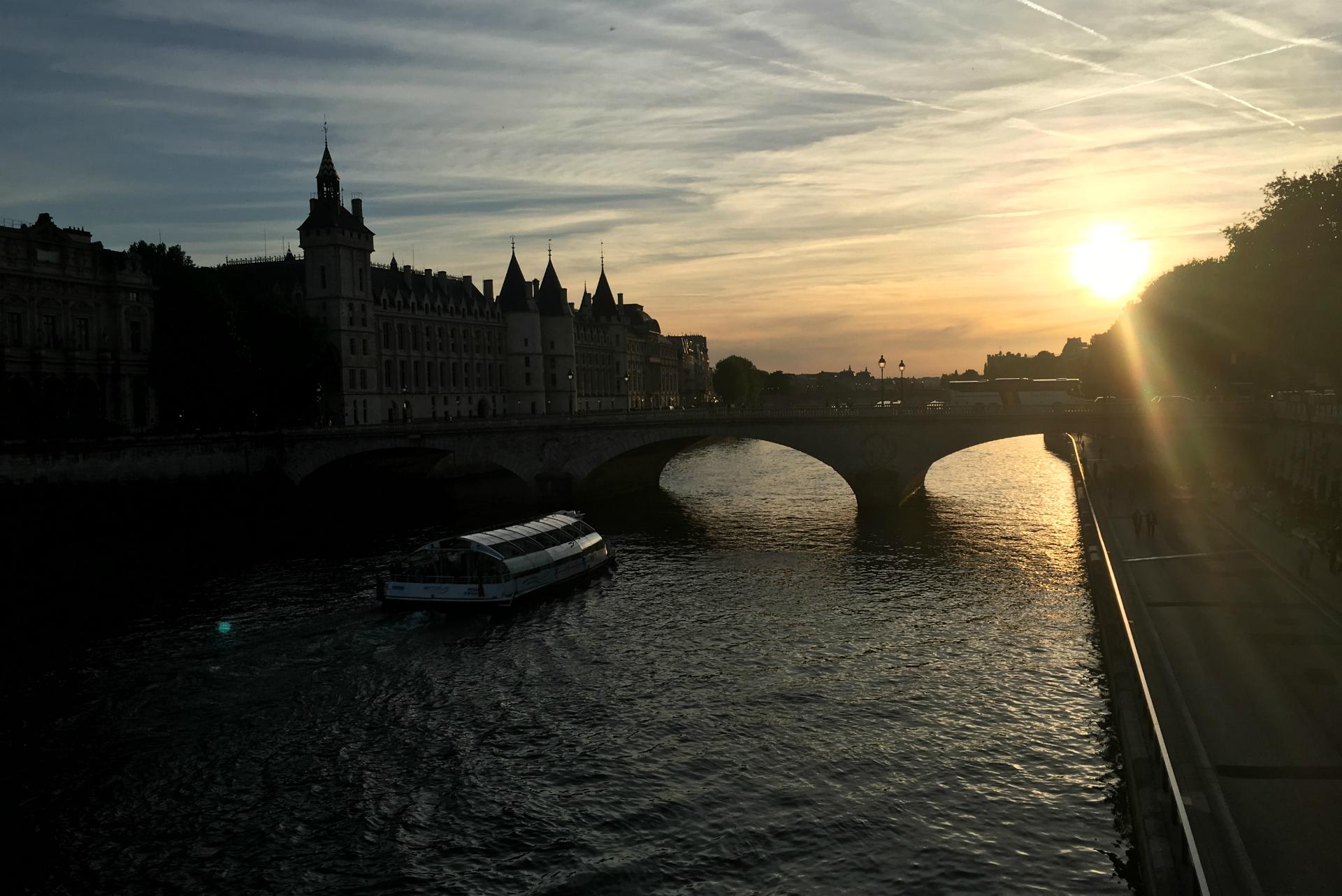 Girls weekend in Paris sunset over the Seine
