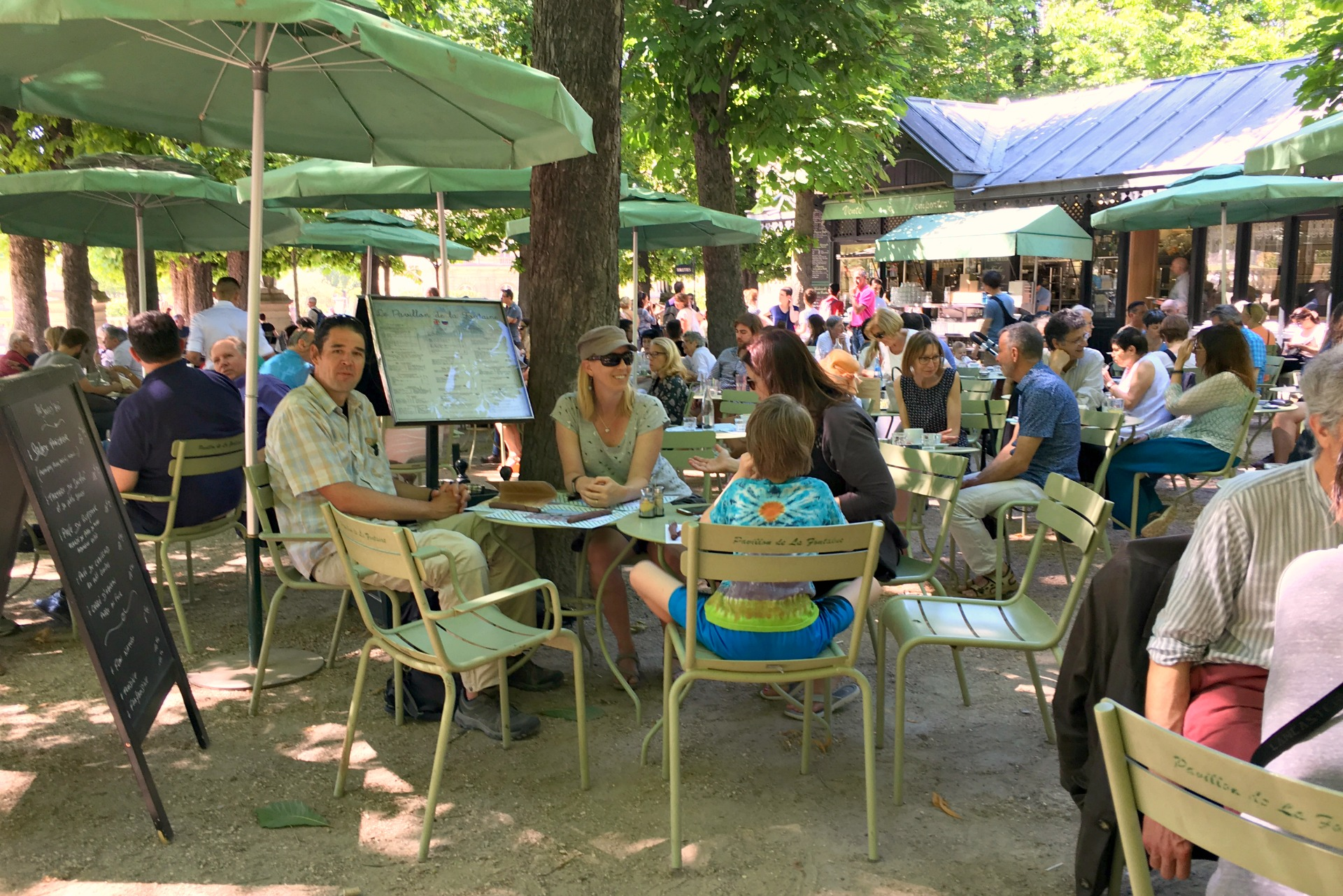 Cafe dining in the park at Luxembourg Gardens