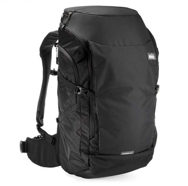 18981f2efd The REI Ruckpack is the best 40L backpack that works as a carry on and a  laptop bag. It comes in both a men s version and a women s version so you  can ...