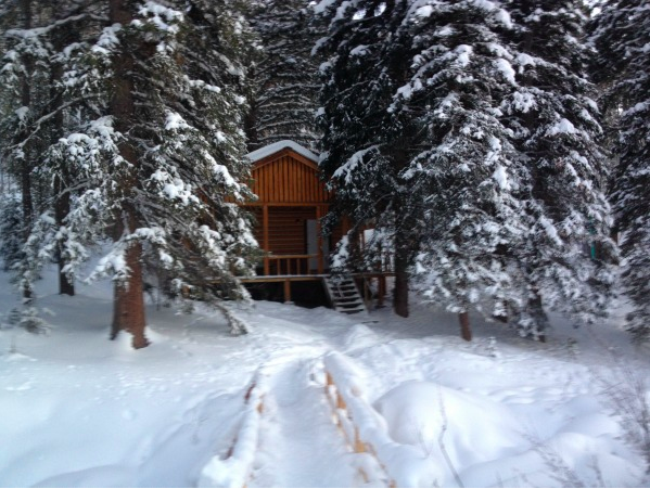 log cabin for rent in Montana at Elkhorn hot springs