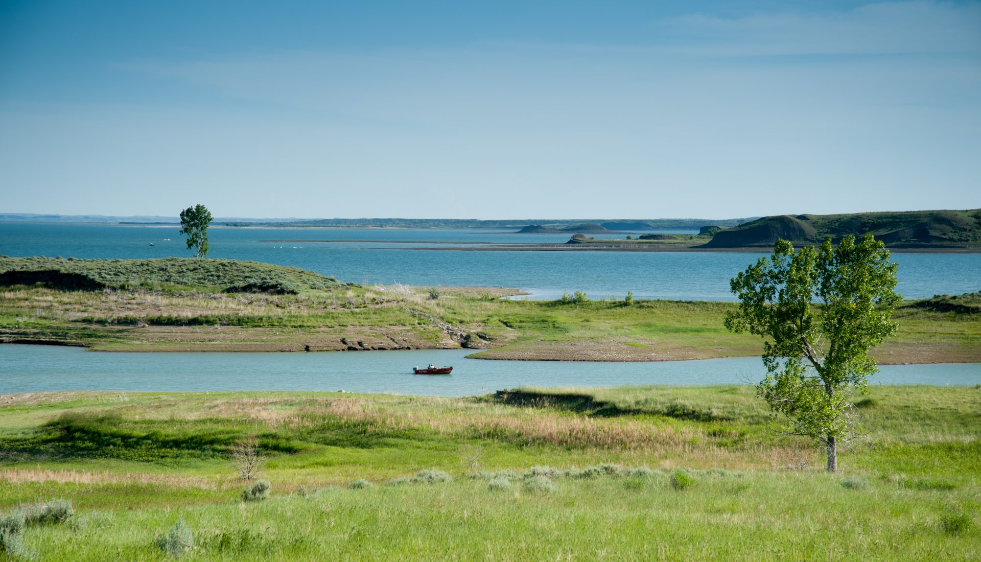 Fort Peck Lake, Missouri River Country