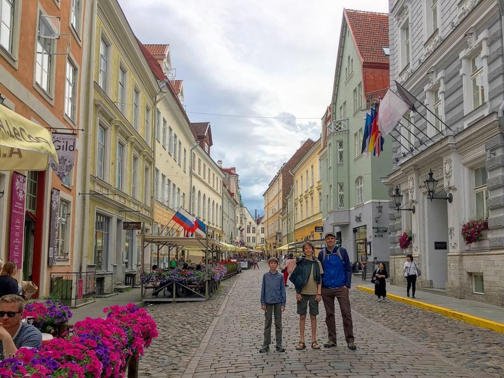 must see in tallinn - old town