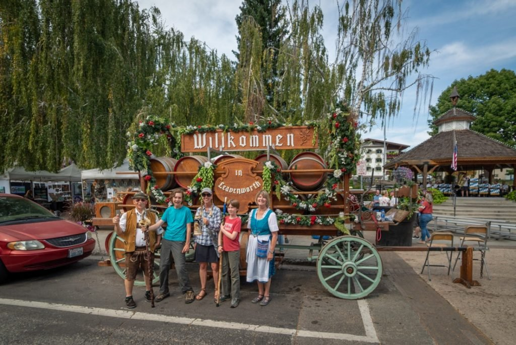 things to do in Leavenworth WA include getting a photo in front of the Bavarian keg cart