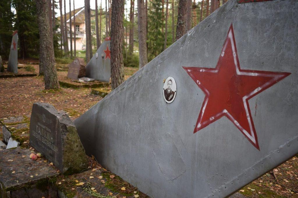 Amari pilot cemetery must see estonia