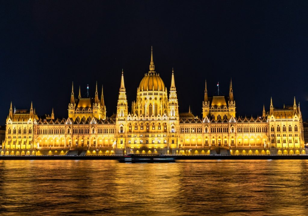 Parliament building in Budapest lit up at night