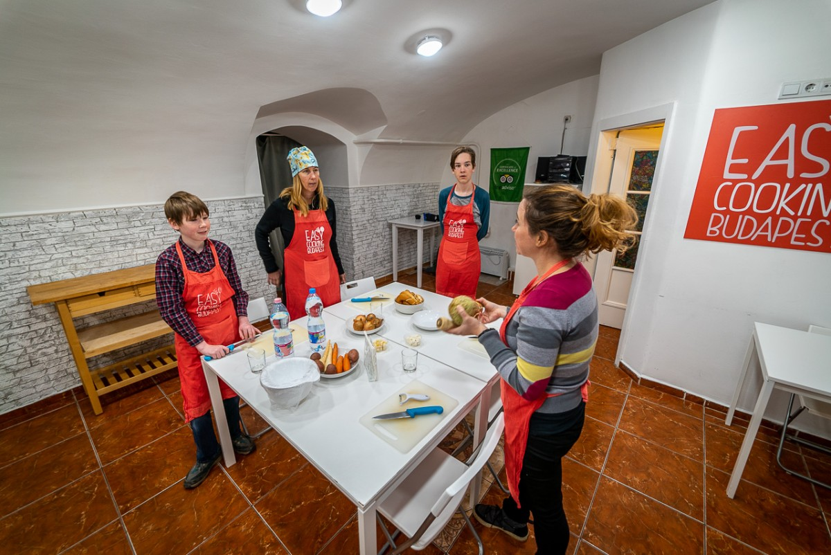 cooking class for families in budapest