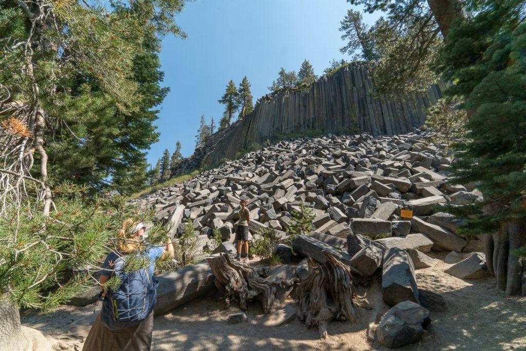 hwy 395 road trip basalt pillars at Devils Postpile National Monument