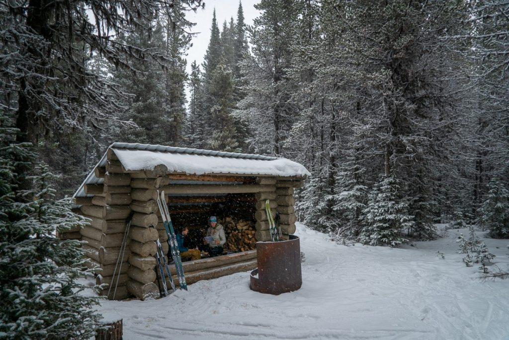 warming hut in snowing Silver Crest Nordic Ski Area