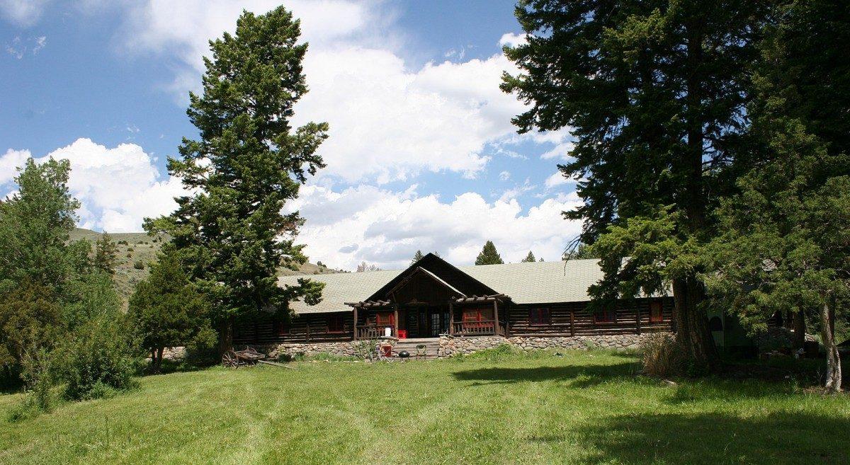 OTO Ranch lodge building